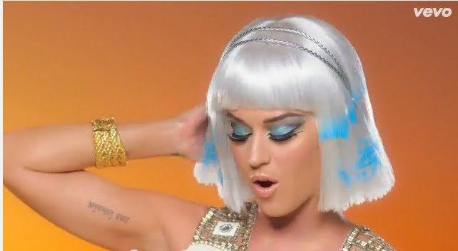 make up Dark Horse Katy Perry