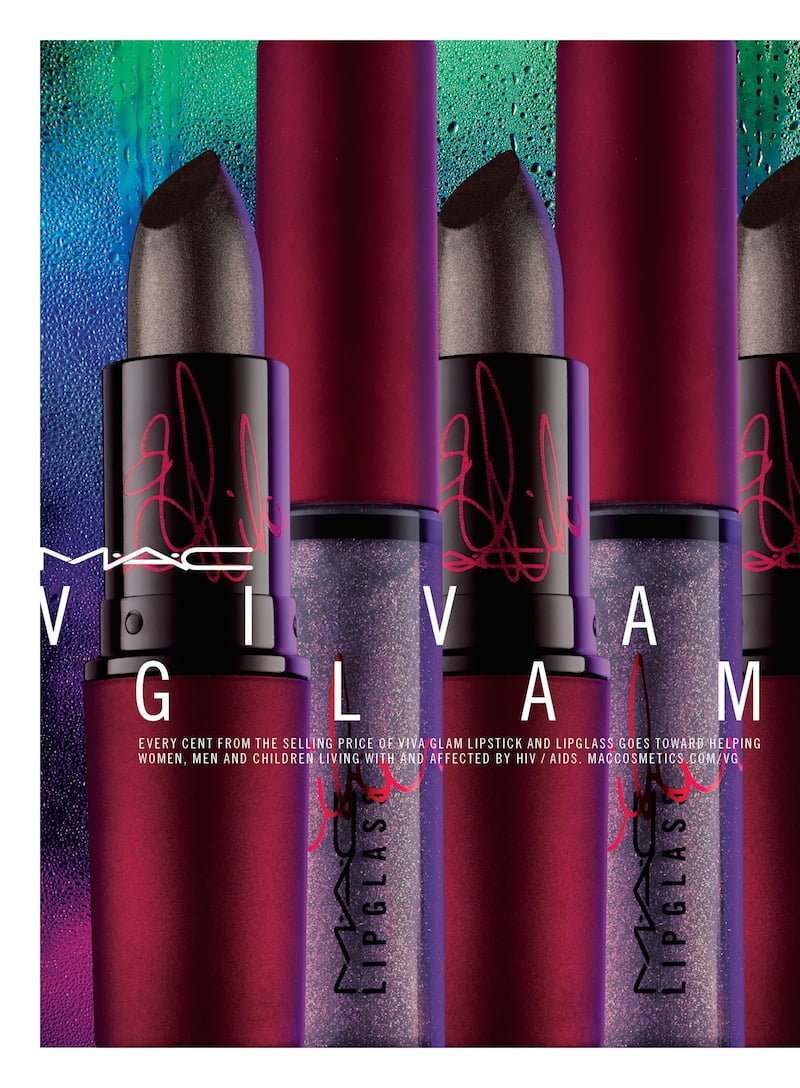 Rihanna 2 Mac Cosmetics