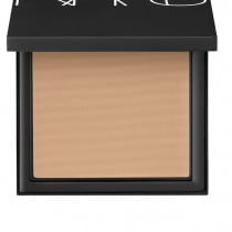 Fondotinta Nars All Day Luminous