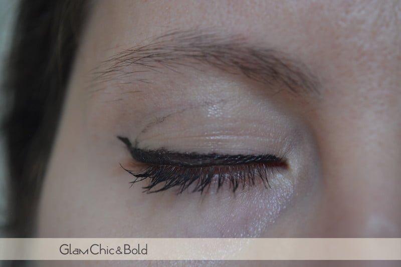 Eyeliner Intensify me Covergirl