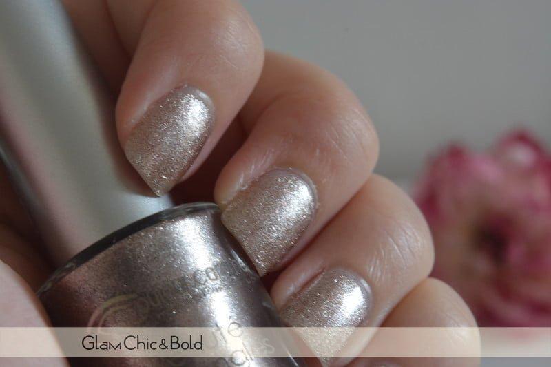Nail Polish Look Couler Caramel