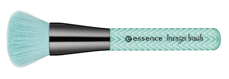 make me pretty Essence Bronzer Brush