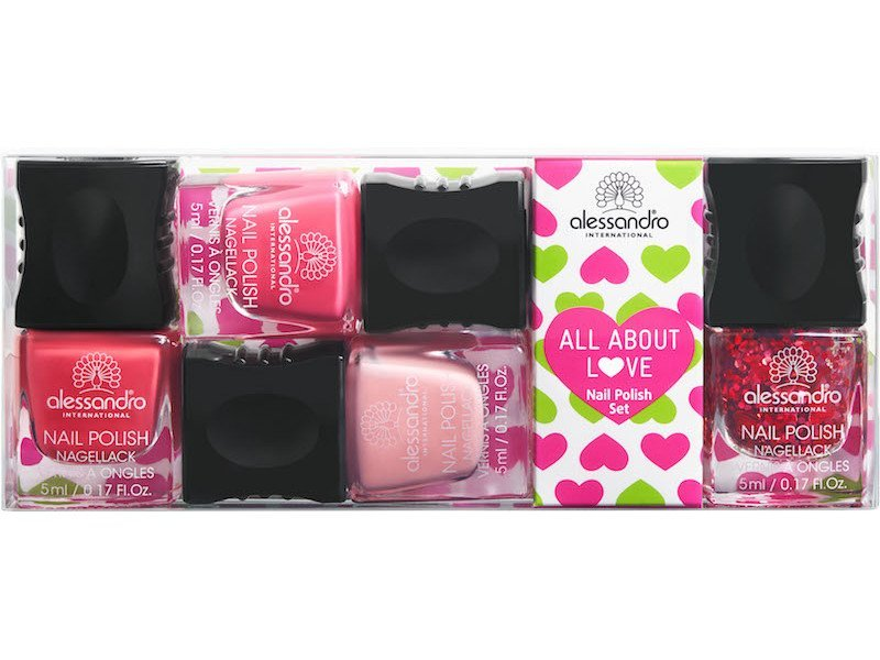 Nail polishes All About Love Alessandro Internationl