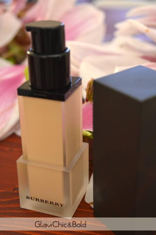 Foundation Ochre Nude n°12 Burberry