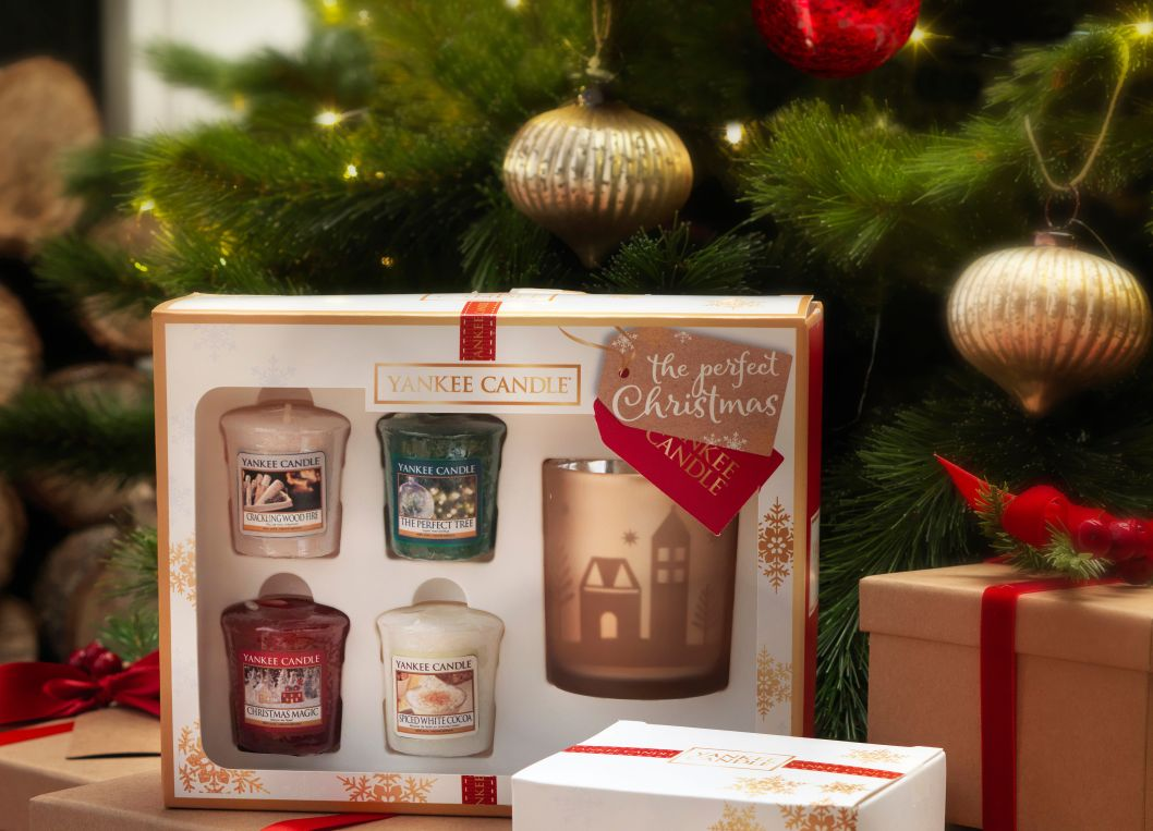 Perfect Christmas Yankee Candle